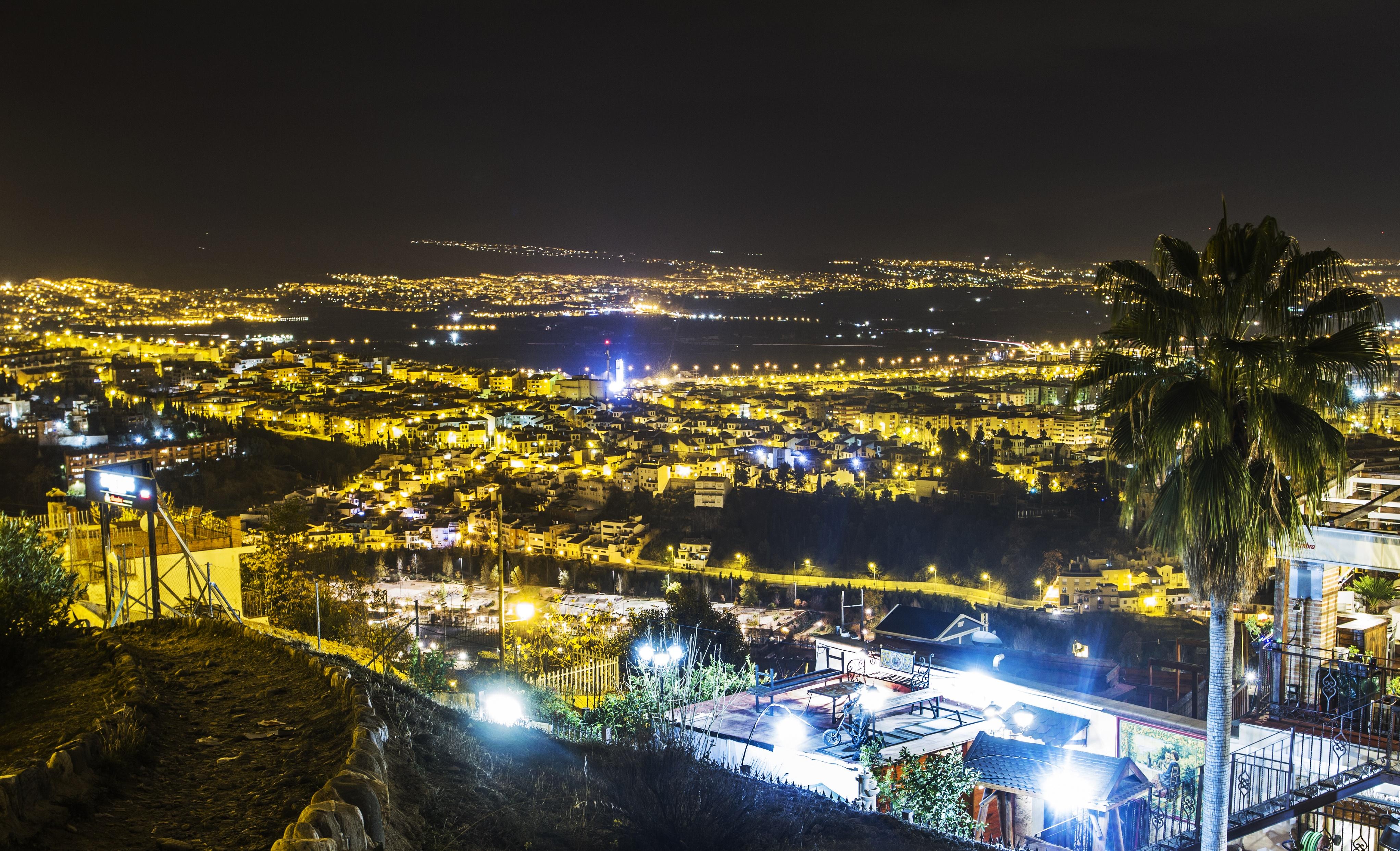 Granada ejszakai fenyben