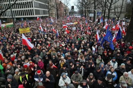 Ez nem Budapest, hanem Varsó (Fotó: Rafal Guz/MTI)