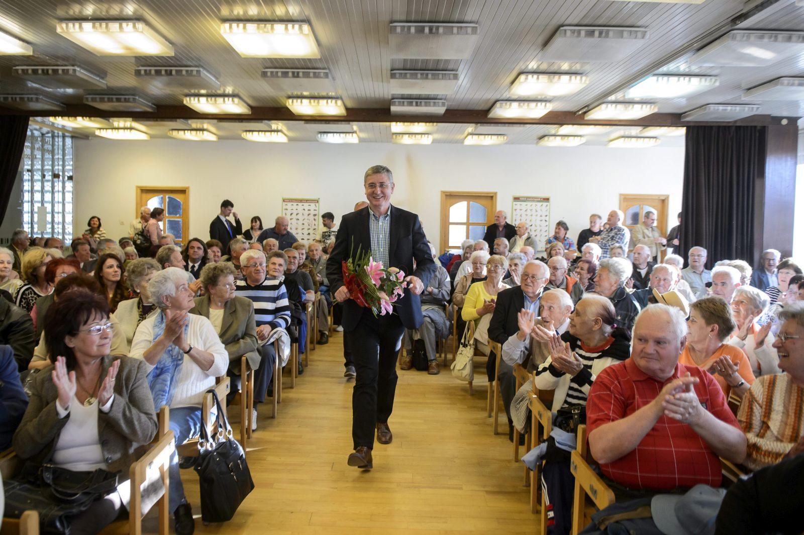 Salgótarján, 2015. április 23. Gyurcsány Ferenc, a Demokratikus Koalíció elnöke (MTI Fotó: Komka Péter)