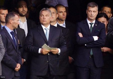 Orbán Viktor és Kubatov Gábor a Groupama Aréna megnyitóján. Fotó: Beliczay László / MTI
