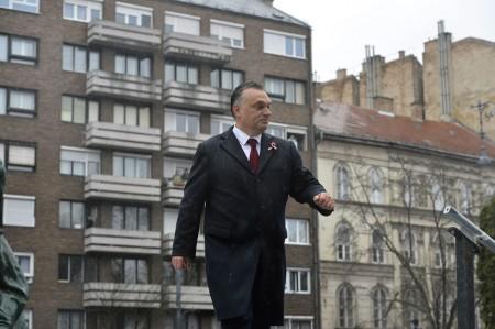 Félelmetes pillanatkép a határtalan küldetéstudatról  (Fotó: Illyés Tibor / MTI)