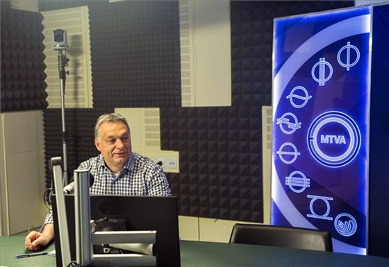 Péntek, Kossuth rádió, Orbán és a hagymázak (Fotó: MTI/Illyés Tibor)