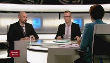 Bereczky Csongor és Pukli István az ATV Egyenes beszéd c. műsorában januárban (Fotó: atv.hu)