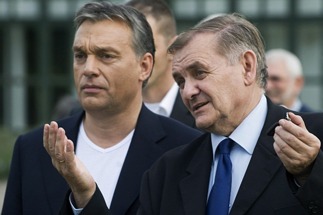 Lezsák Sándor és Orbán Viktor 2012-ben, a lakiteleki találkozó 25. évfordulója alkalmából rendezett ünnepségen (Forrás: MTI/Ujvári Sándor)