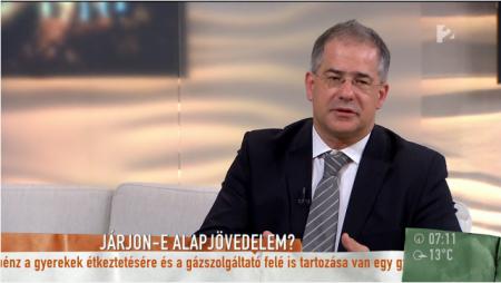 Kósa Lajos, a kormánypárt szellemi verőembere, aki frakcióvezető is egyben (Fotó: via TV2/Mokka)