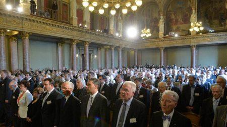 A Magyar Tudományos Akadémia (MTA) 187. rendes közgyűlésén az MTA dísztermében. (Fotó: MTI /Koszticsák Szilárd)