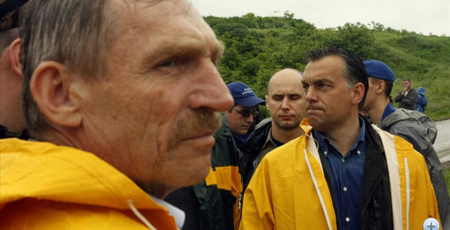 Orbán-Pintér a verhetetlen megvédő alakulat (Forrás: MTI)