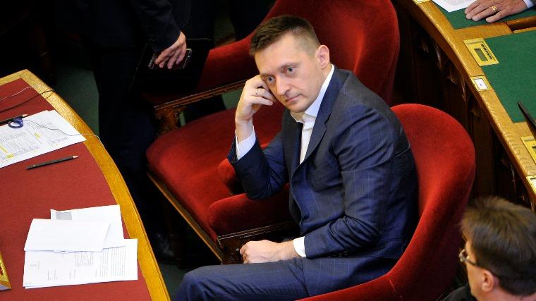 Az elmúlt nyolcévezés egyik legvisszataszítóbb példánya (Fotó: MTI / Kovács Attila)