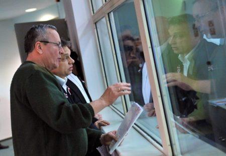 Bakondi György téltábornok 2013-ban a négy fal közül irányította a hókáosz elleni védekezést. Nem véletlenül lett miniszterelnöki főtanácsadó (Fotó: MTI / Máthé Zoltán)