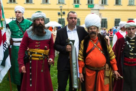 L. Simon László a Tatai Patara fesztiválon (Fotó: Bencsik János / Facebook)