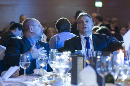 Spéder Zoltán és Orbán Viktor a a takarékszövetkezetek évzáró ünnepségén 2014-ben (Fotó: Árvay Károly/Miniszterelnökség)