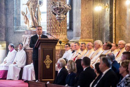 A kereszténység ismérve: templomban szónokolni (Fotó: kormany.hu/Botár Gergely)