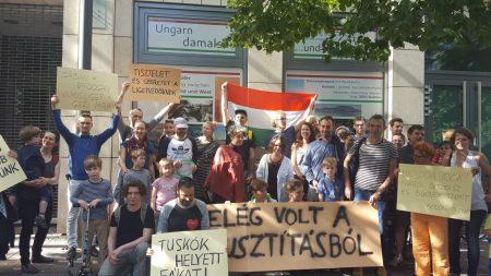 Berlinben tüntettek a Ligetvédők mellett (Forrás: 444)
