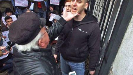 A sósavas bácsi és Rózsa Milán aktivista, aki időközben elhunyt (Fotó: Kettős Mérce)