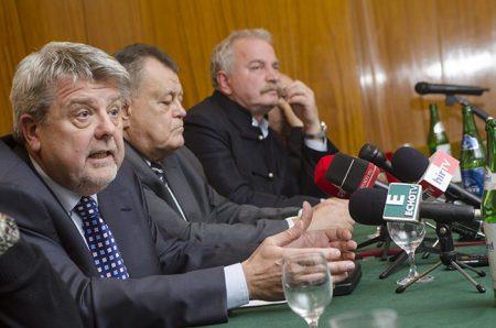Csizmadia László, Széles Gábor, Bencsik András, CÖF-lovagok (Fotó: bekemenetegyesulet.hu)