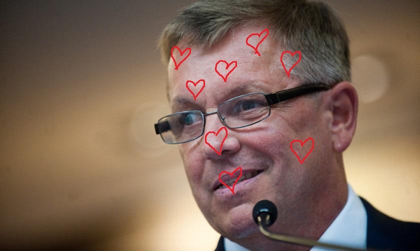A szerelmes szívek nélküli fotó forrása: Népszava