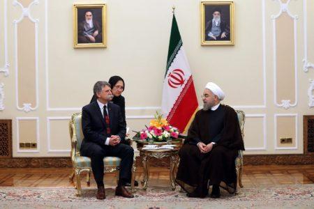 A fotó amúgy semmivel nem függ össze, csak vicces. Forrás: Haszan Róháni  iráni elnök hivatalos honlapja