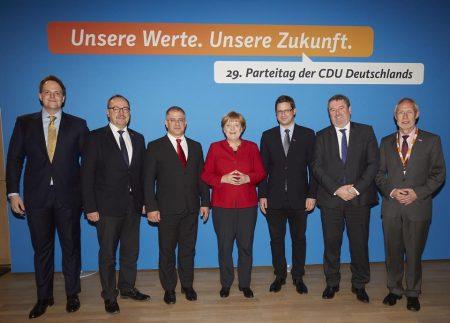 A Fidesz egyik különítménye Angela Merkel patás ördög német kancellárral (Fotó: Facebook/Gulyás Gergely)