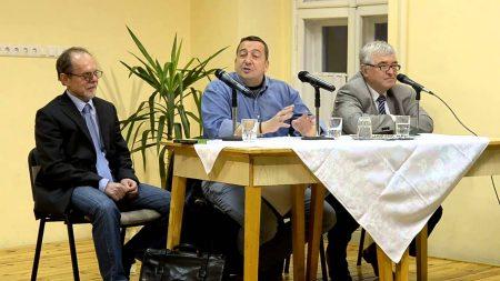 Bogár László, Bayer Zsolt, Boros Imre (Fotó: Youtube)