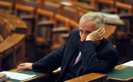 Mikola István 2008-ban a parlamentben (Fotó: MTI/Koszticsák Szilárd)