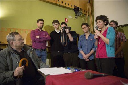 Szeged, 2017. február 24. Orosz Anna, a Momentum Mozgalom vezetőségi tagja (j) a mozgalom Szegeden tartott fórumán 2017. február 24-én. MTI Fotó: Rosta Tibor