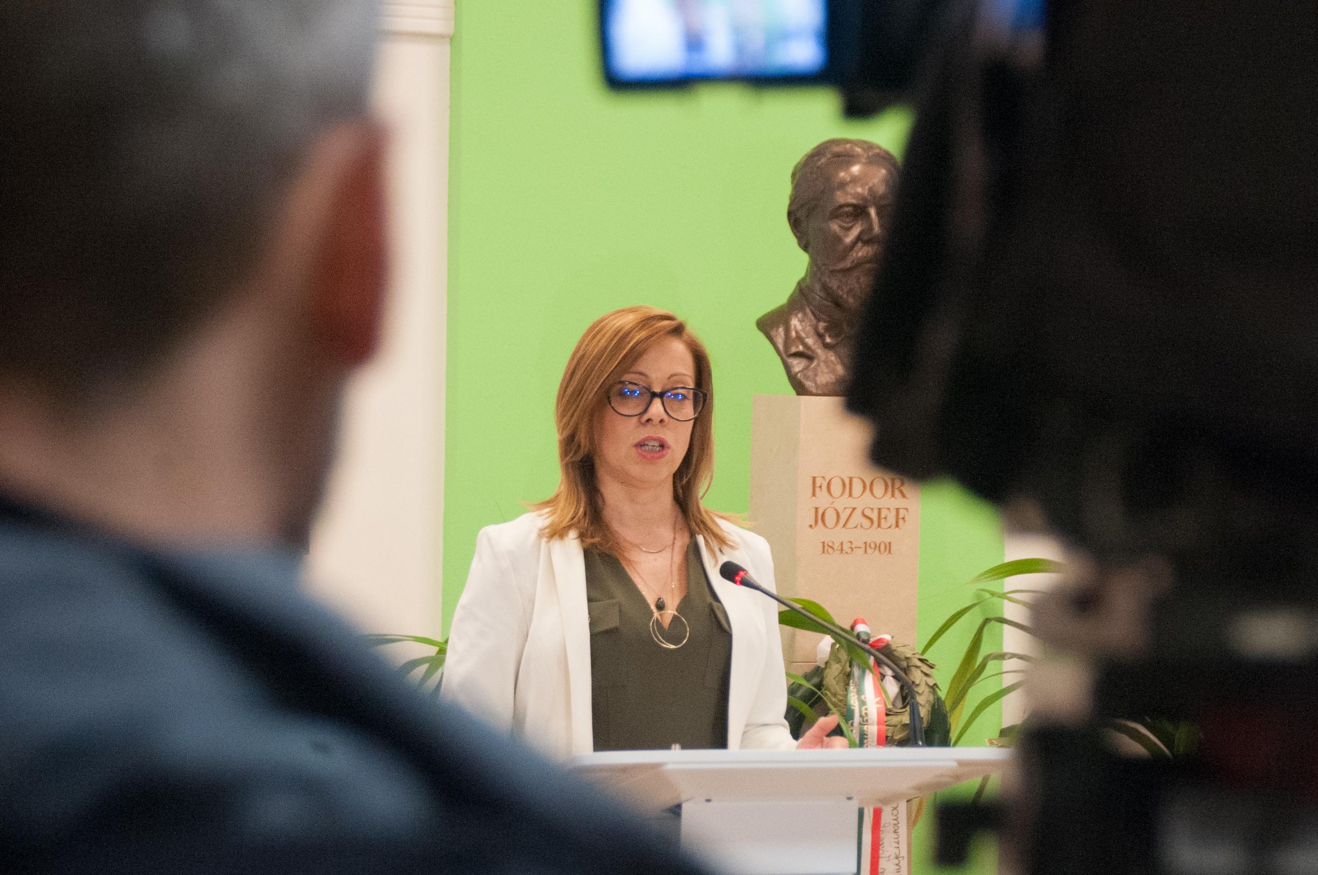 Oroszi Beatrix, az Országos Epidemiológiai Központ (OEK) főigazgató-főorvosa (Fotó: Bornemissza Péter/ÁNTSZ )