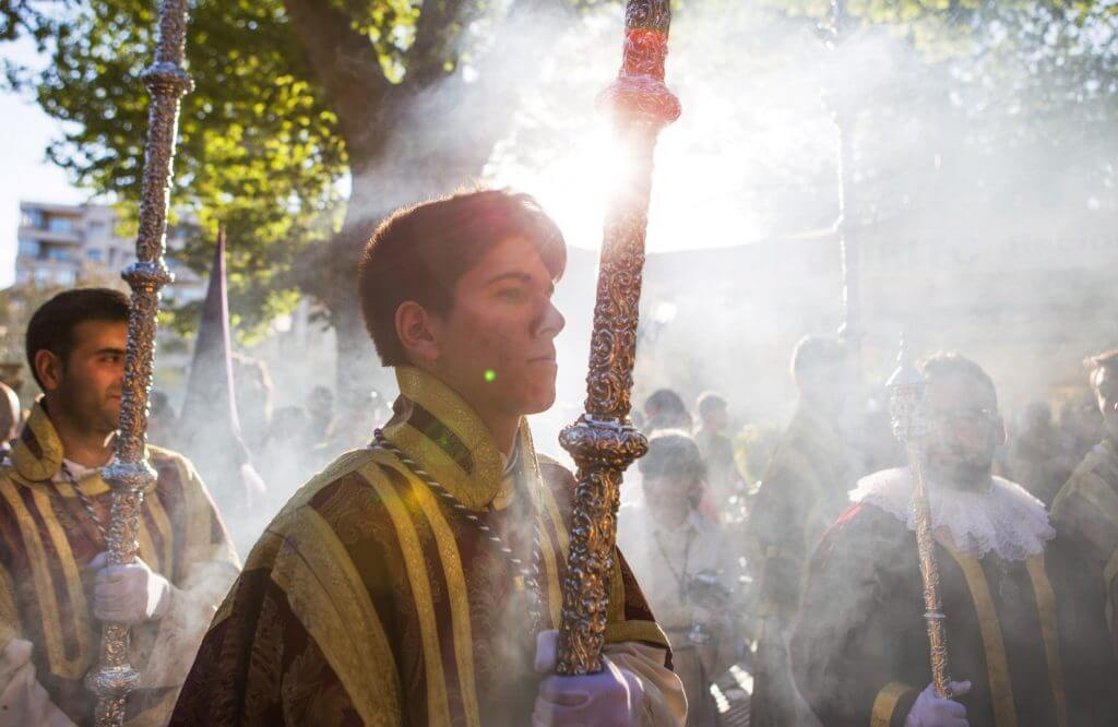 The celebrations of the Holy Week in Granada arrived to its second day