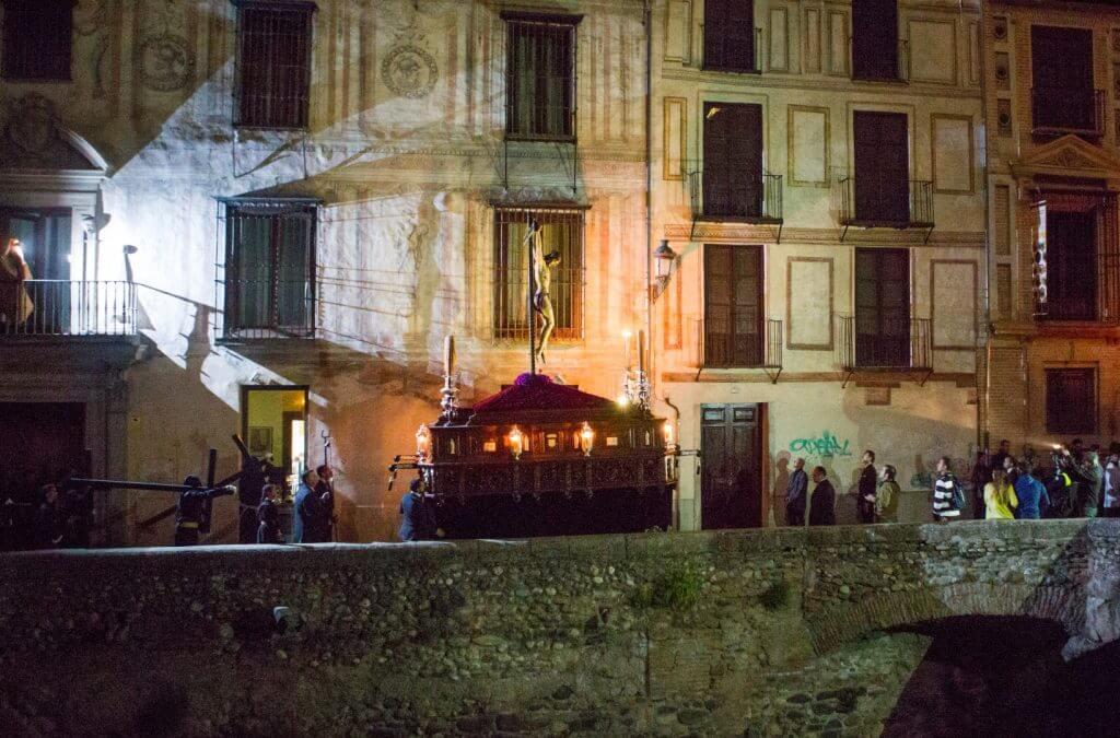 The Holy Week celebrations in Granada arrived to its fifth day.