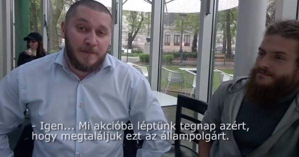Az érzékeny lelkű, oroszbarát csecsen, Magomed Dasajev és Komáromy Gergő magyar állampolgár, civil aktivista (Fotó: Youtube/ATV)