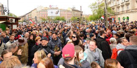 A nép (Fotó: Kocsik Árpád)