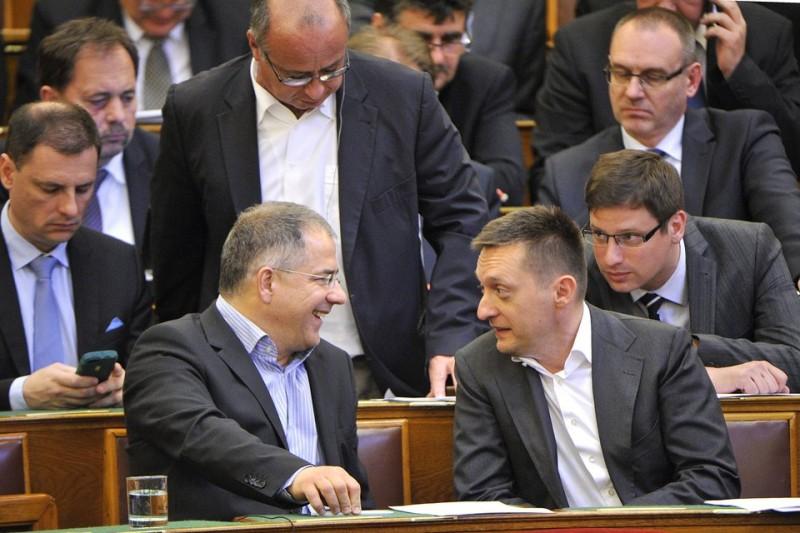 A Fidesz igavonói megint jelesre vizsgáztak korrupt gyökérségből