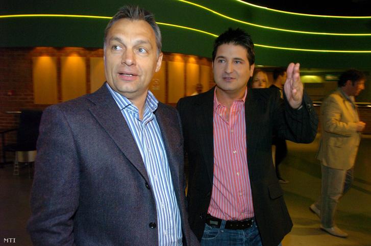 Orbán Viktor és a bulvármocsár Orbán Viktora, Hajdú Péter 2008-ban (Fotó: Kovács Tamás/MTI)
