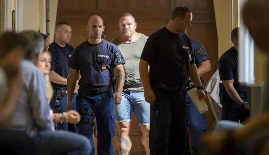M. Richárd a bíróság Fő utcai épületében 2017. augusztus 21-én. (MTI Fotó: Mohai Balázs)