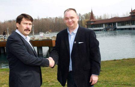 Káder János és Papp Gábor, Hévíz polgármestere (Fotó: Facebook/Papp Gábor)