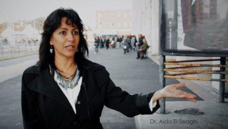 Dr. Aida El-Seaghi az év önkéntese volt 2015-ben (Fotó: Önkéntes Központ Alapítvány)