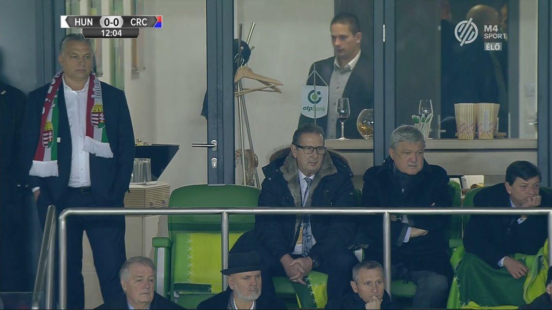 Balról jobbra: Orbán Futballmániás Viktor, Georges Leekens, a magyar válogatott vadiúj kapitánya és Csányi Sándor nem oligarcha MLSZ-elnök (Fotó: M4 Sport)
