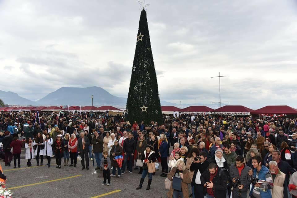Karácsonyi vásár - Alanya, Törökország, 2017. december 10. (Fotó: Facebook/Side Antalya Turkey)