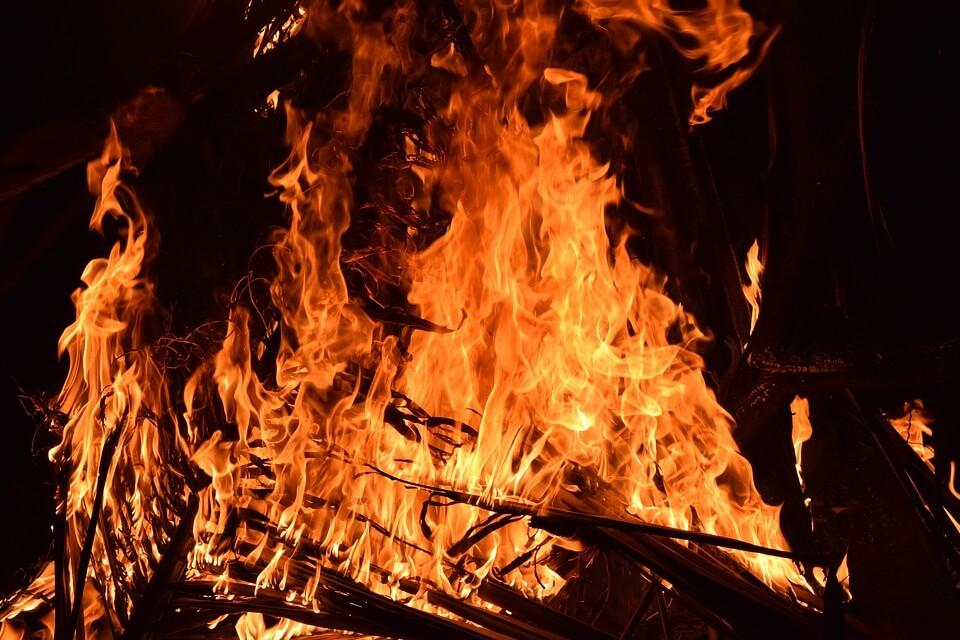 fire-2197606_960_720